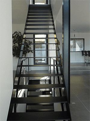 escalier thermolaque noir